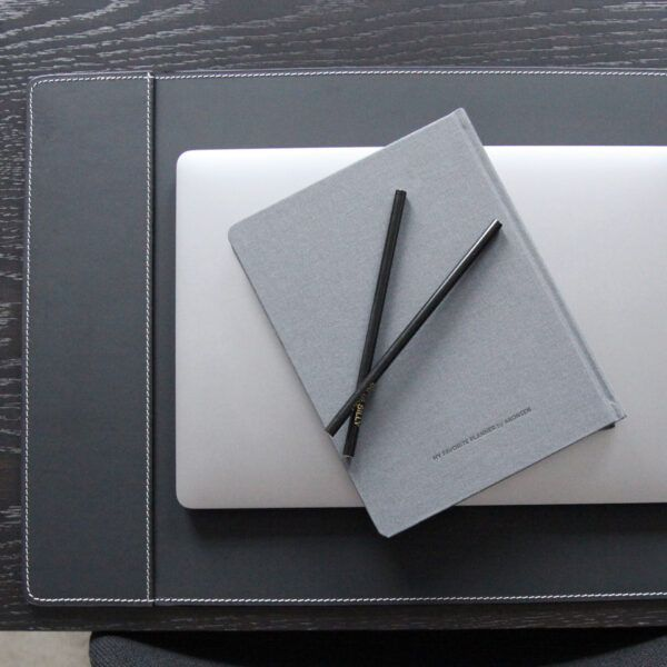 skriveunderlag-med-1-lomme